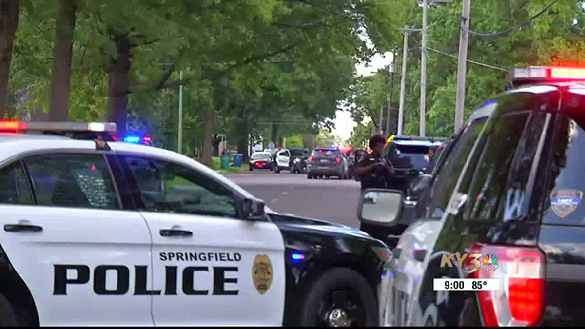 Shooting injures one in Springfield; police searching for shooter