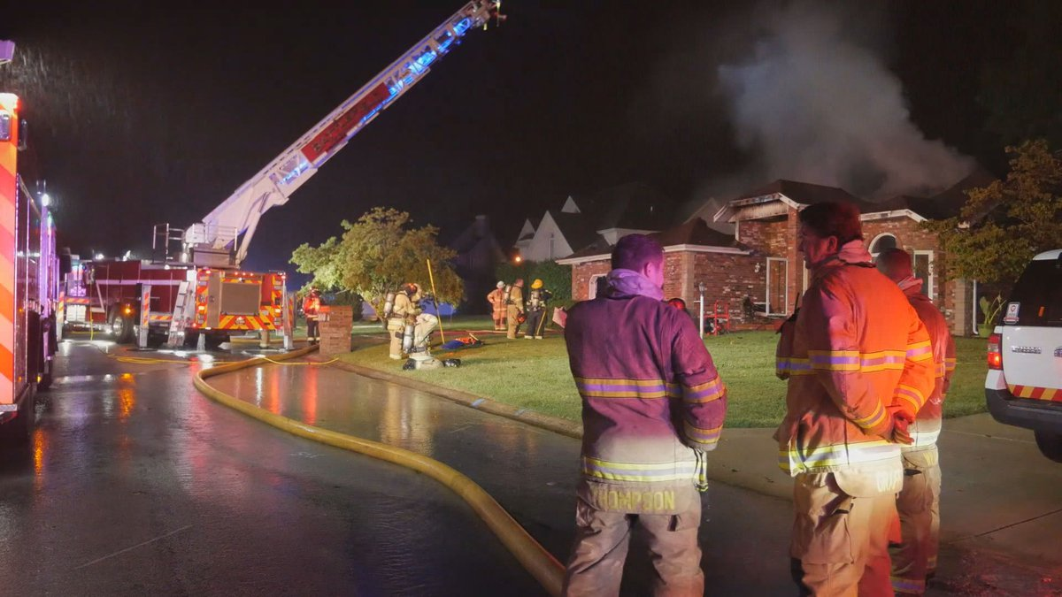 Firefighters respond to a house fire in the 4000 blk. of South Western Avenue.