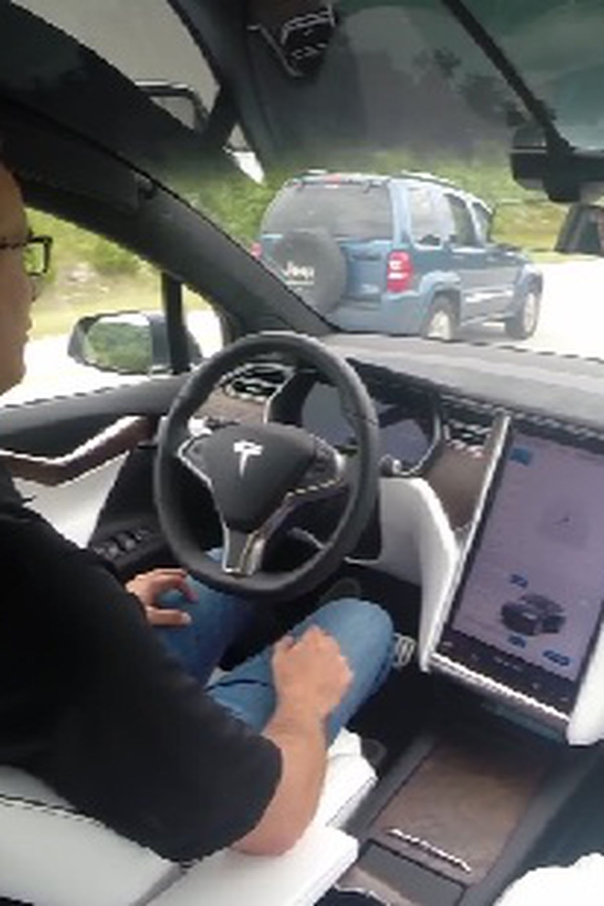self driving tesla suv saves branson man s life self driving tesla suv saves branson