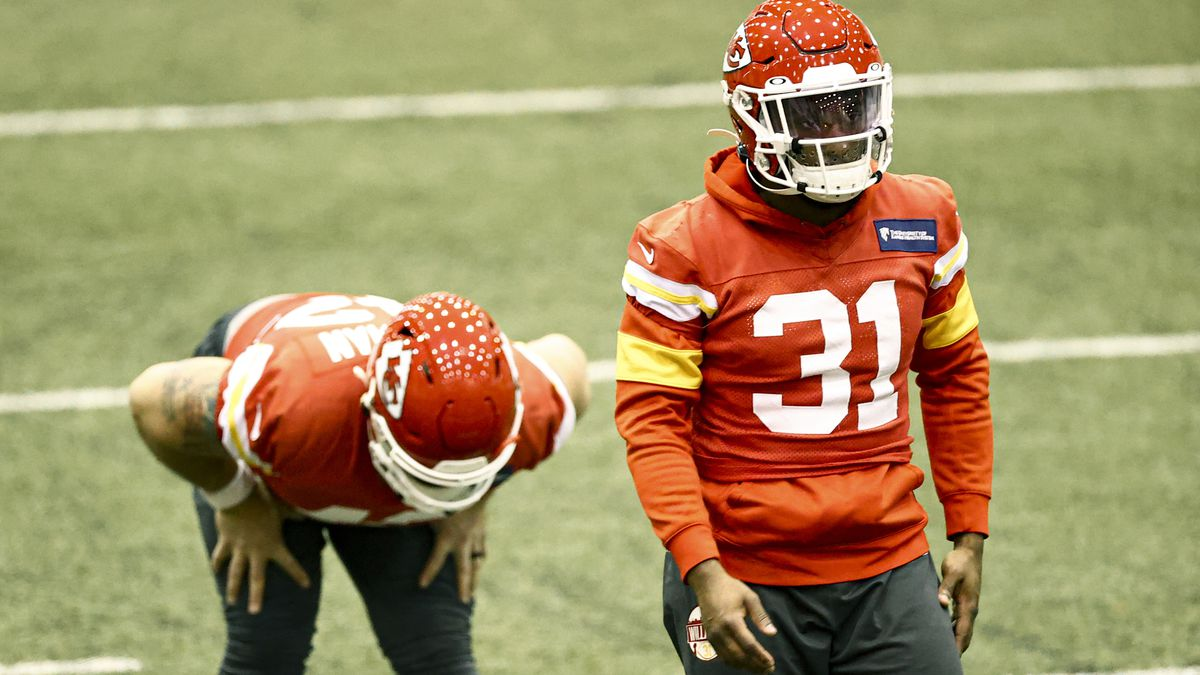 Kansas City Chiefs Running Back Darrel Williams (31) stretching during NFL football practice...