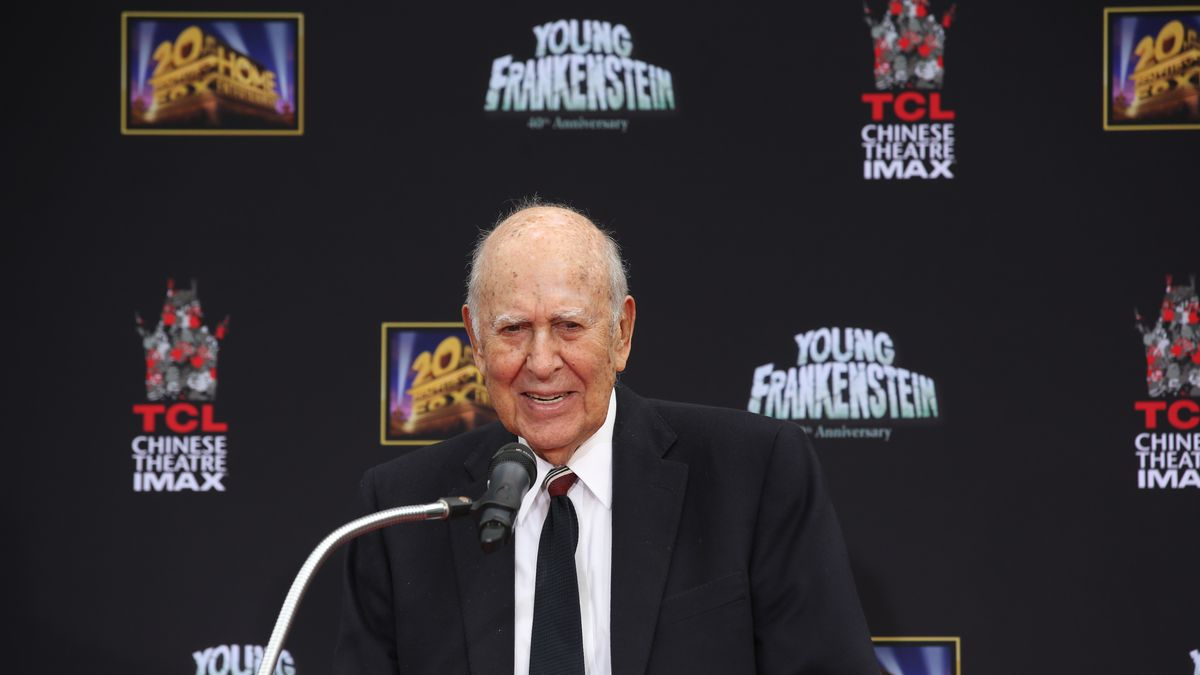 "In this Monday, Sept. 8, 2014 photo, Director/Actor Carl Reiner speaks during Mel Brooks' Hand and Footprint ceremony on the 40th anniversary of the movie ""Young Frankenstein,"" in front of the TCL Chinese Theatre in Hollywood section of Los Angeles. (AP Photo/Nick Ut)"