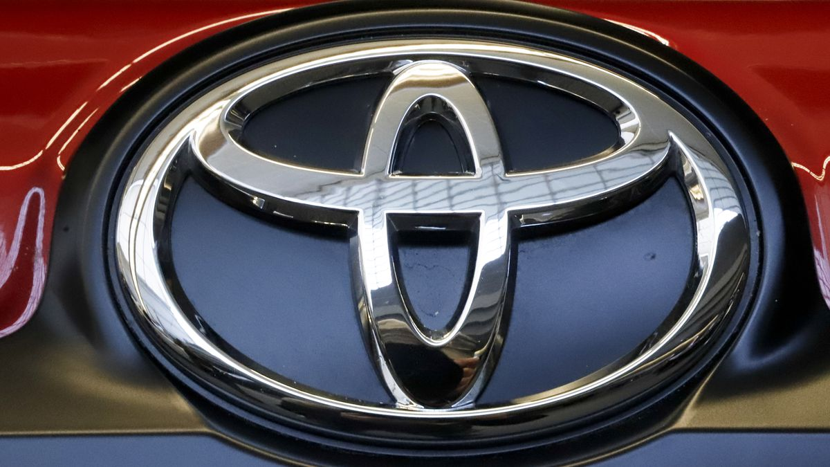 This is the Toyota logo on a 2019 Toyota 4Runner on display at the 2019 Pittsburgh...