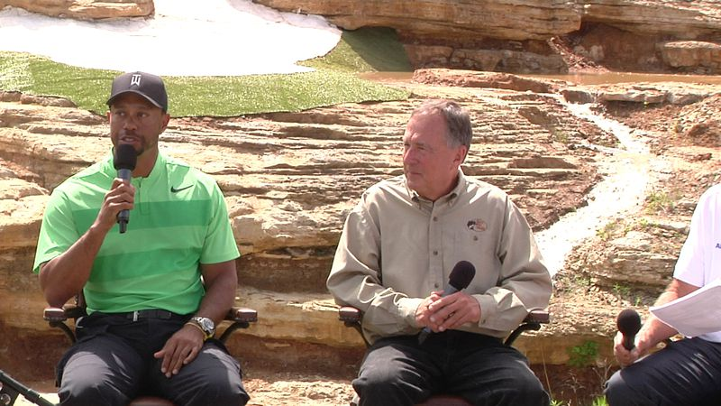Tiger Woods and Johnny Morris discuss opening Payne's Valley.