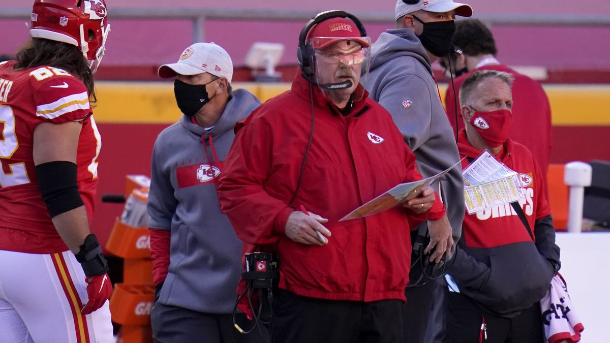 Kansas City Chiefs head coach Andy Reid watches play against the New York Jets in the second...