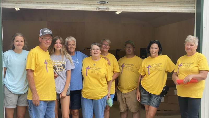 Volunteers at Moody, Mo. food pantry