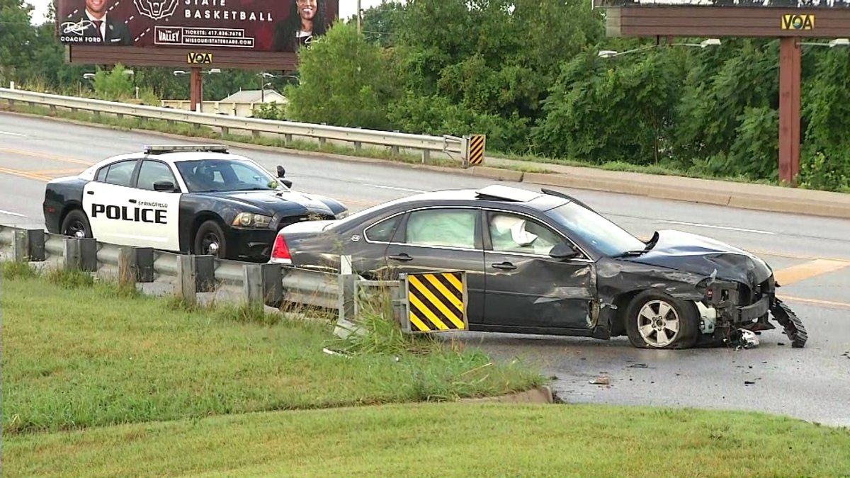Driver of a stolen car crashes near Glenstone and Chestnut