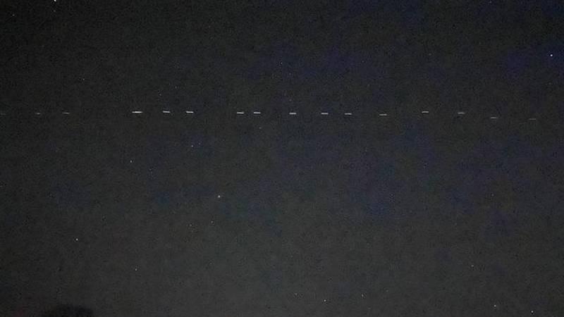Starlink Satellites visible in the Ozarks