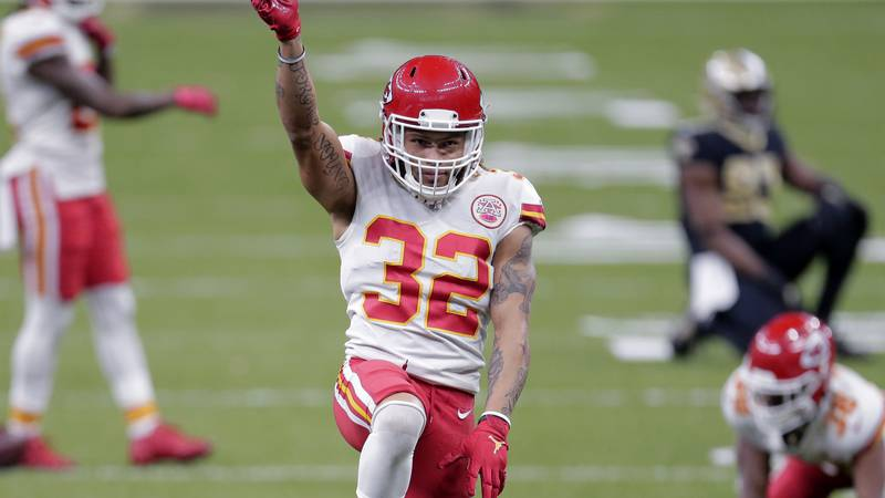 Kansas City Chiefs strong safety Tyrann Mathieu (32) reacts after a pass breakup in the second...