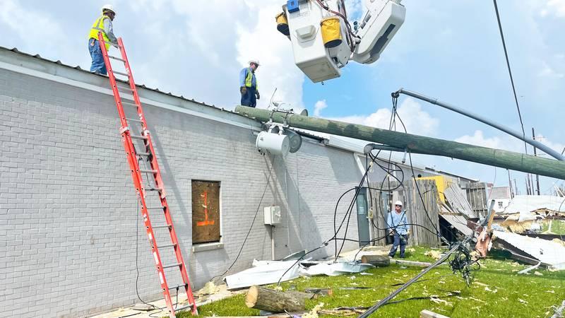 Greenville Utilities work to restore power in Louisiana