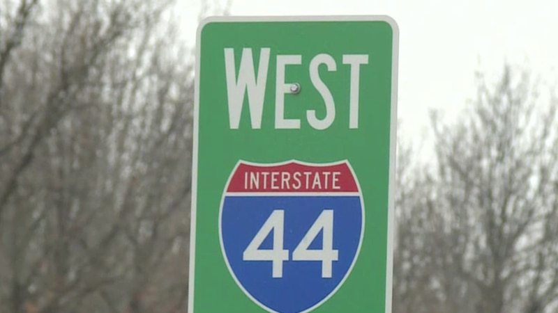I-44 sign along the Missouri stretch.