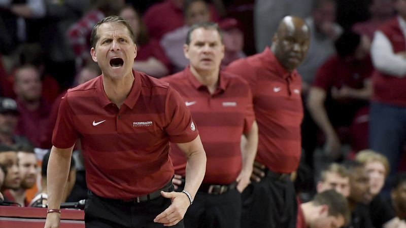 FILE - Arkansas coach Eric Musselman reacts on the sidelines against LSU during the first half...