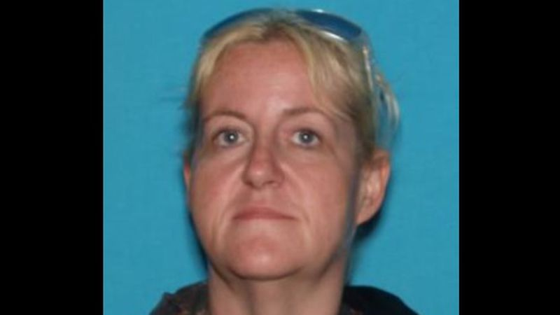 """Stacey Rose Johns AKA """"Stacy Rose Davenport"""" Charges: Drug trafficking, car theft"""