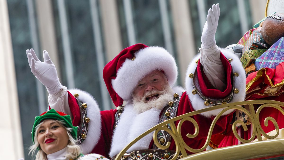 More than a quarter of a million people come to see Santa at Macy's in New York each year,...