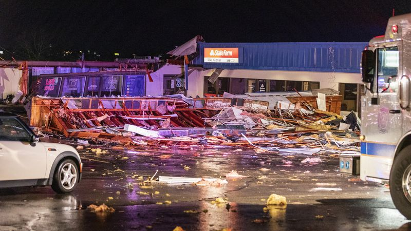 Severe weather damages part of King's Plaza strip mall in Osage Beach