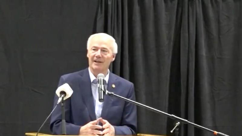 Gov. Hutchinson addresses COVID-19 crisis in Mountain Home, Ark.