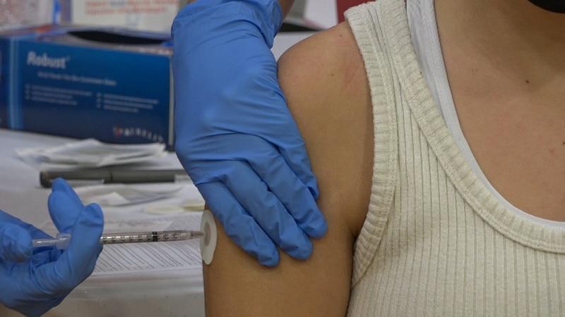 Nixa High School vaccinates 375 students with Pfizer vaccine.