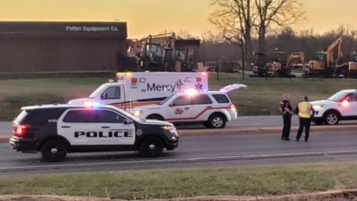 Springfield police and several emergency responders have responded to a crash in southwest...