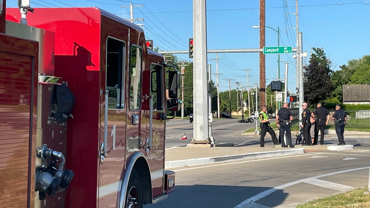 Officers responded to the crash around 6 p.m. near Campbell and Grand.