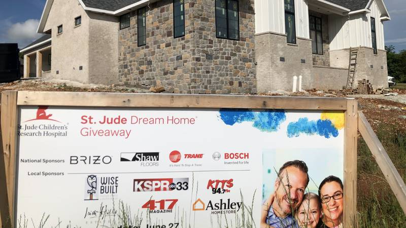 2021 St Dream Dream Home in Nixa.