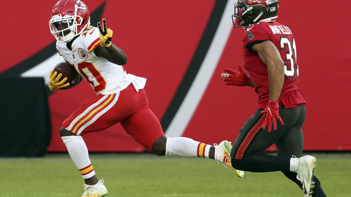 Kansas City Chiefs wide receiver Tyreek Hill (10) reacts as he beats Tampa Bay Buccaneers...