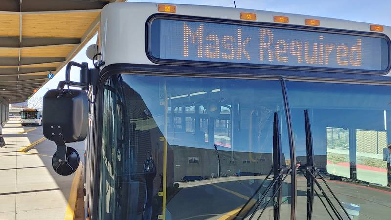 Masks required on city buses
