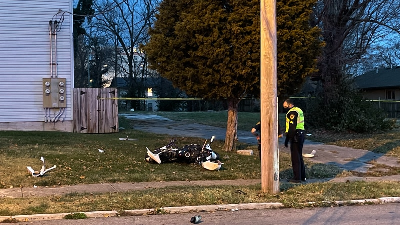 Officers responded to the crash at Madison and Campbell near downtown Springfield around 4:30...
