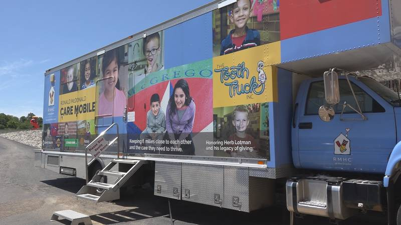 Tooth Truck visits West Plains schools