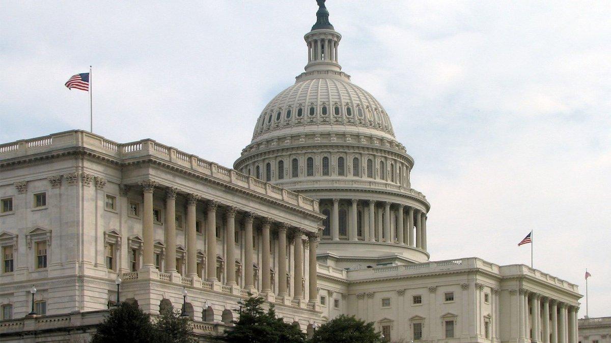 The Senate's side of the U.S Capitol Building in DC. (Photo: Scrumshus / Wikipedia)