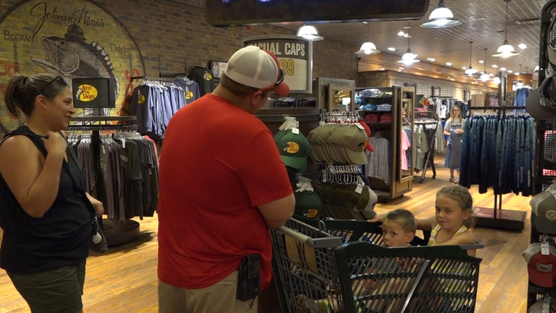 Father's Day Shopping Weekend at Bass Pro