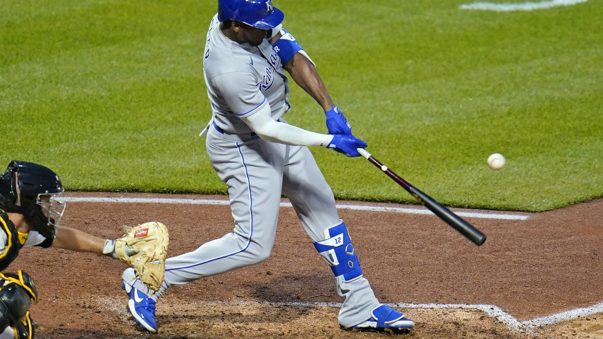 Kansas City Royals' Jorge Soler drives in a run with a single off Pittsburgh Pirates pitcher...